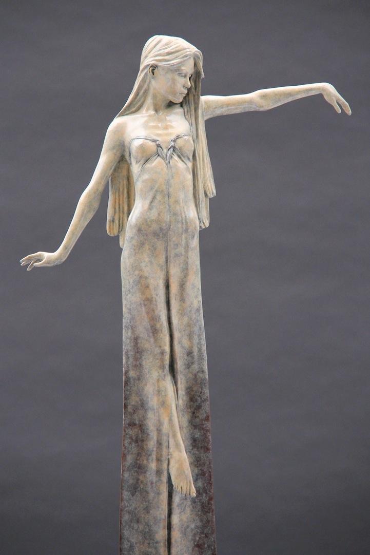 Фото красивых женских скульптур