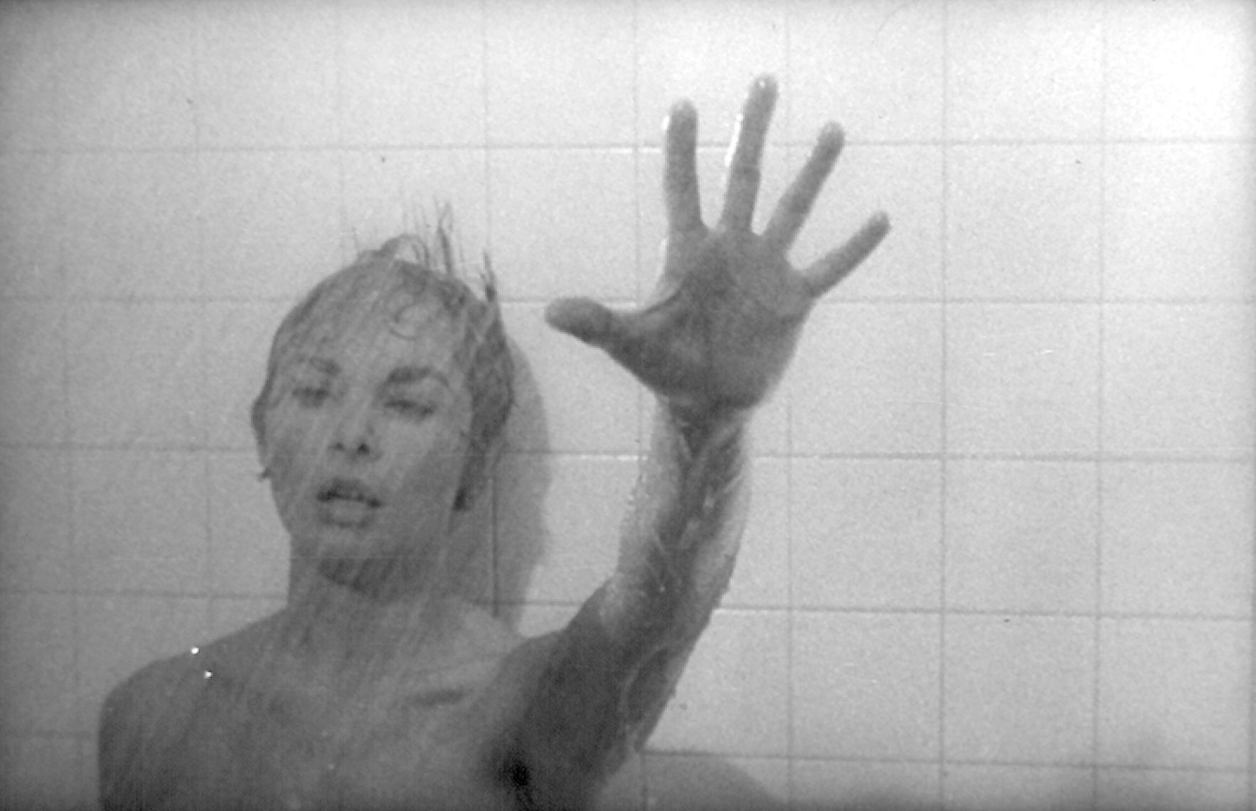 psycho original and remake Alfred hitchcock's psycho is a landmark horror film now our cinefix series, homemade movies, serves up a shot-for-shot remake of the movie's climactic scene using cheap, homemade effects.
